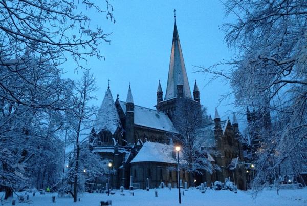 Nidaros Cathedral in winter