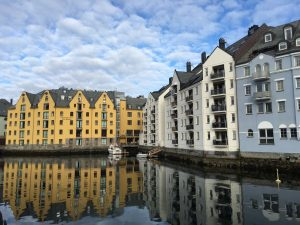 Why I Love Ålesund (And Why You Will Too!)