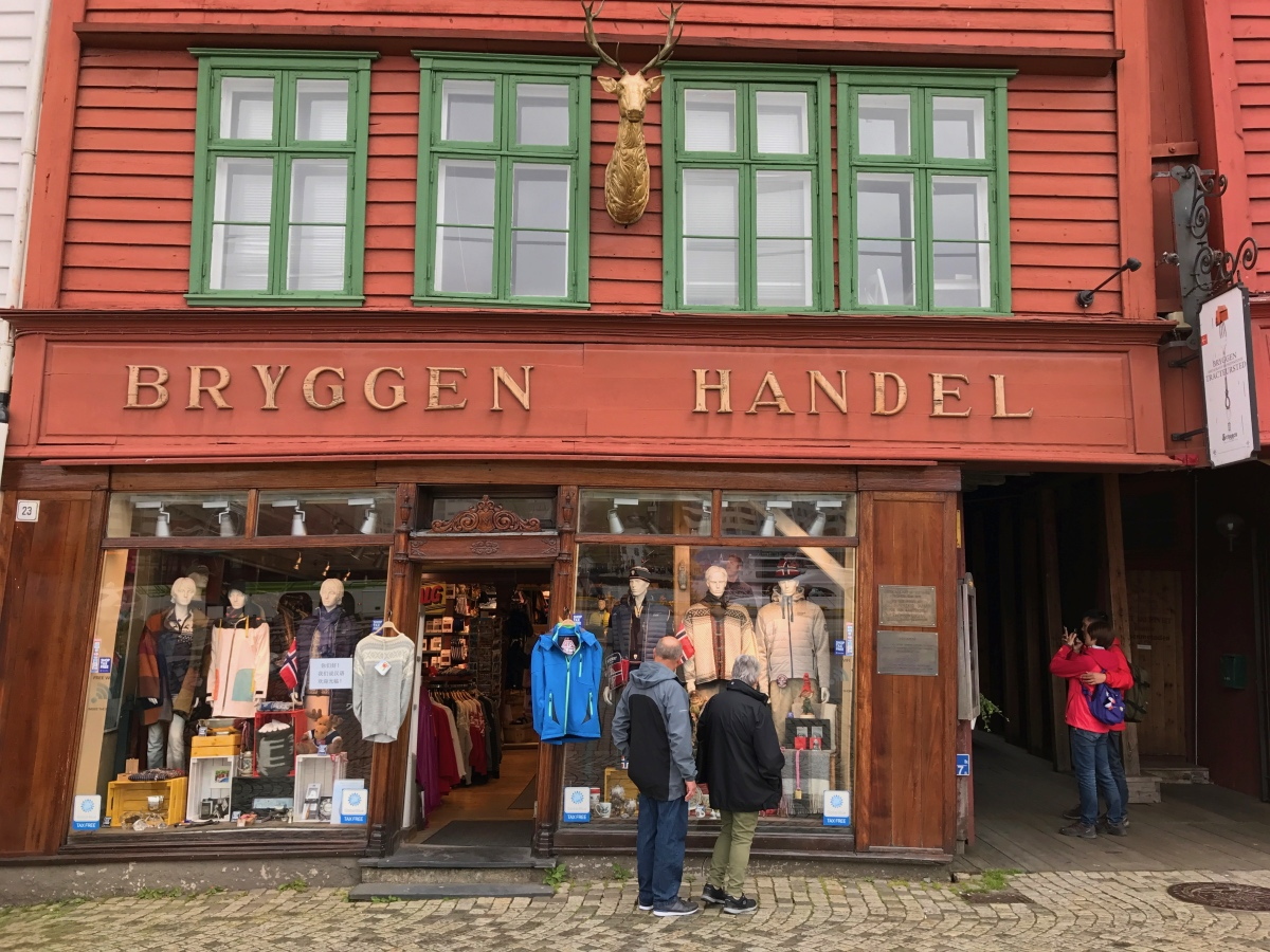 Shopping on Bryggen